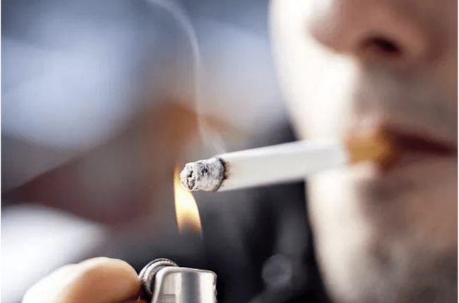 电子烟比真烟危害大吗_电子烟危害比香烟大吗_电子烟比香烟的危害更大
