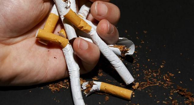 电子烟危害大还是香烟危害大_电子烟与传统香烟哪个危害更大_电子烟的危害和香烟哪个危害大