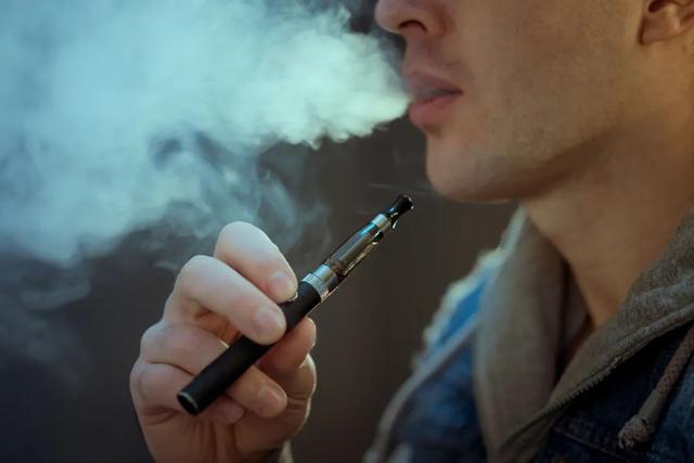 长期吸电子烟有害吗_长期吸入丙二醇电子烟的危害_电子烟丙二醇的危害
