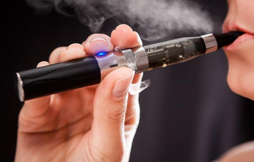 电子烟危害 知乎_电子烟和烟哪个危害大_电子烟比真烟危害大吗